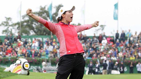 Carlota celebra la victoria en Corea.