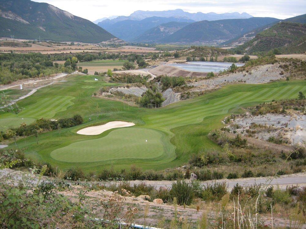 El campo de Margas Golf en Huesca.