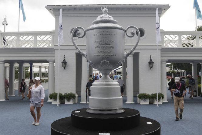 Réplica del trofeo del PGA Championship © Golffile | Eoin Clarke