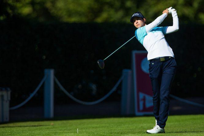 Azahara Muñoz, durante la tercera ronda en el Lacoste Ladies Open de Francia. © Tristan Jones