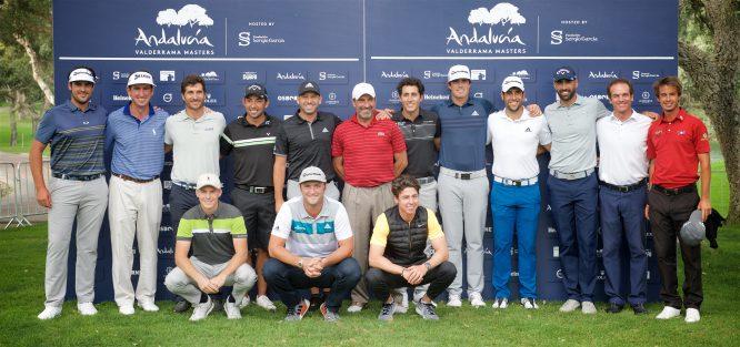 La foto de familia de todos los jugadores españoles en el Andalucía Valderrama Masters. © Mike Denker