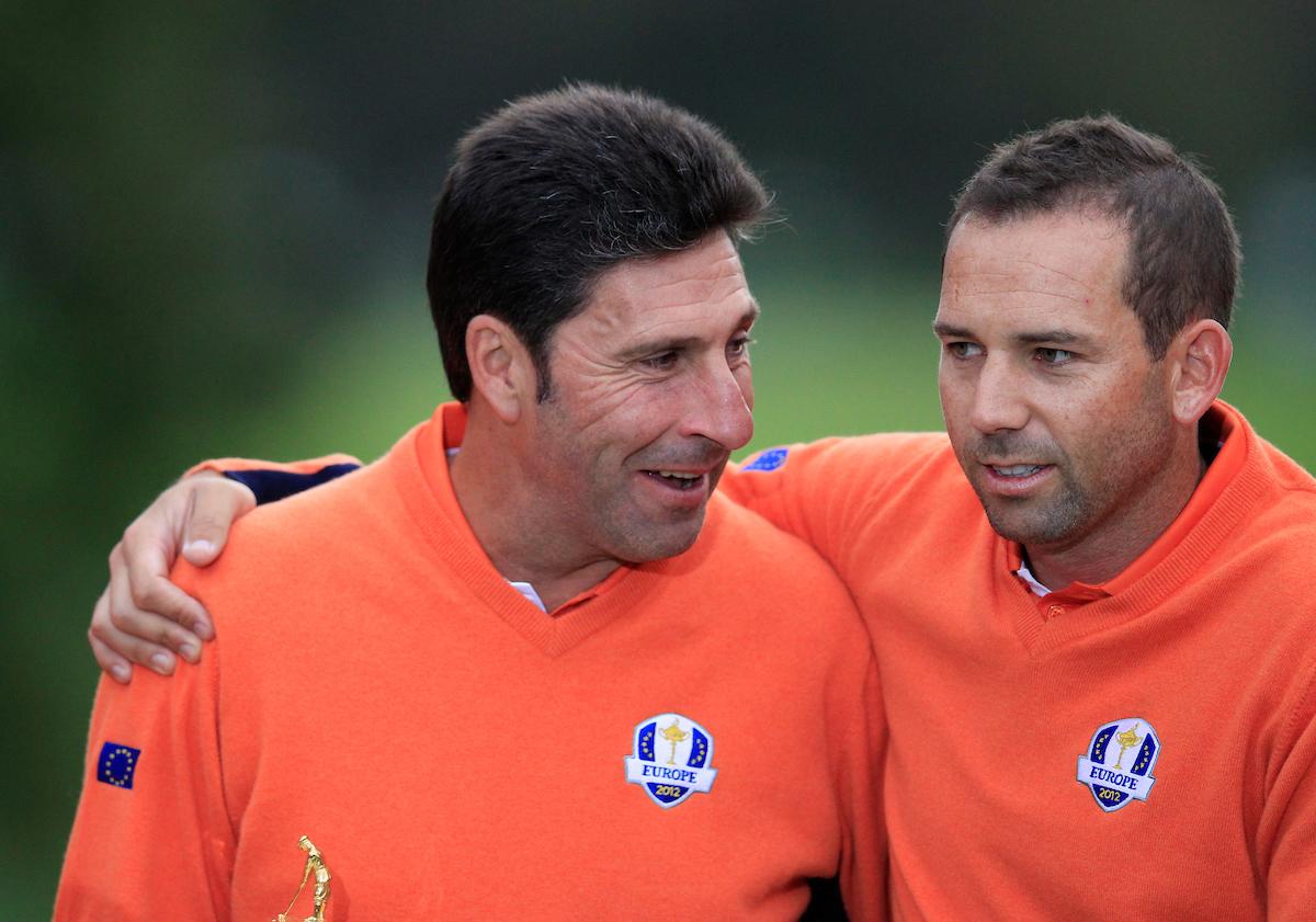 José María Olazábal y Sergio García en la Ryder Cup 2012. © Golffile | Eoin Clarke