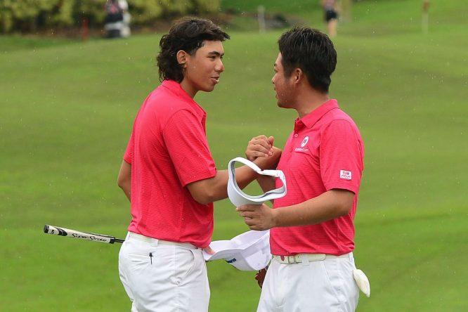 Green e Ikeda en los foursomes en Glenmarie Golf. © Twitter EurAsia Cup