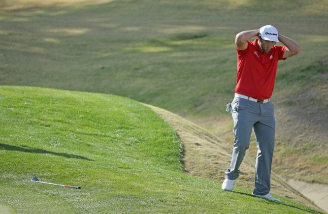 Jon Rahm se lamenta tras un approach en la última ronda del CareerBuilder Challenge. © PGA Tour