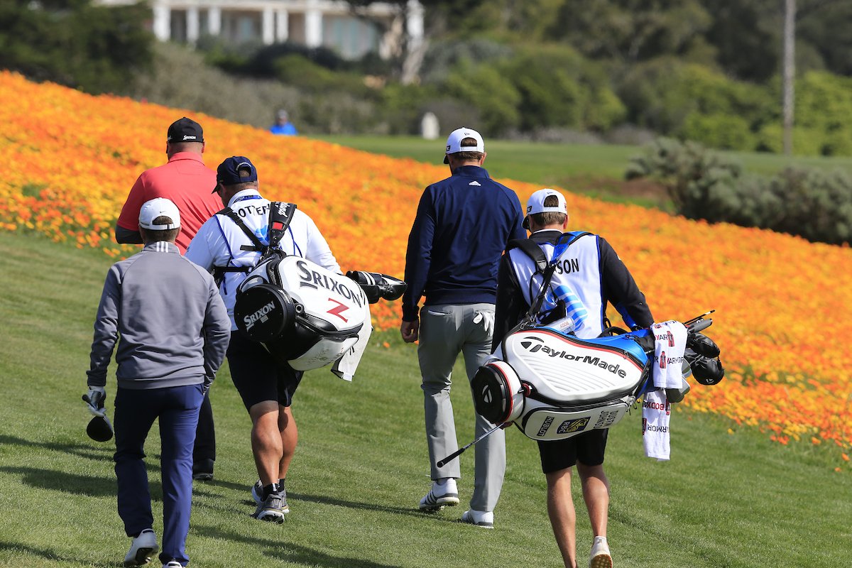 Ted Potter Jr. y Dustin Johnson en la ronda final en Pebble Beach. © Golffile | Eoin Clarke