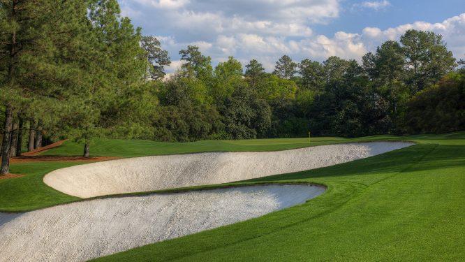 Vista del segundo tiro en el hoyo 5 del Augusta National. © The Masters