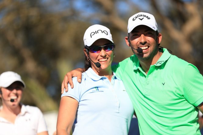 Carmen Alonso y Pablo Larrazábal sonríen durante una exhibición en Marruecos el año pasado.