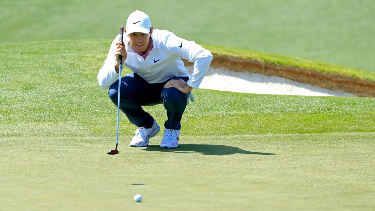 Rory McIlroy en la ronda final en Augusta.