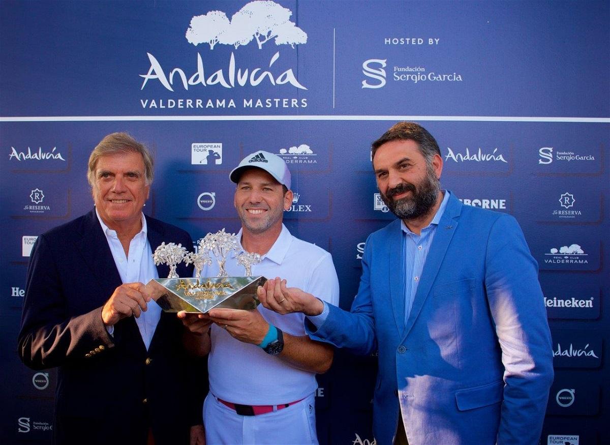 El presidente de Valderrama, el Consejero de Turismo y Deporte y Sergio García. © RC Valderrama