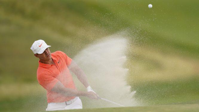Brooks Koepka es uno de los cuatro líderes del US Open a falta de 18 hoyos. Copyright USGA/Darren Carroll