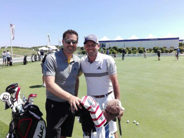 Sergio García y su hermano Víctor hoy en el Golf National. © Tengolf