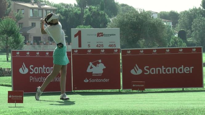 Silvia Bañón durante la primera jornada en el Club de Golf Escorpión.