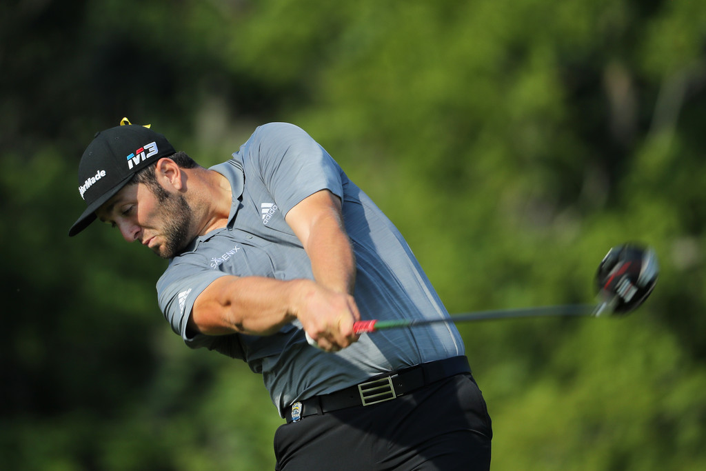 Koepka lidera Campeonato de la PGA; Woods, en la pelea