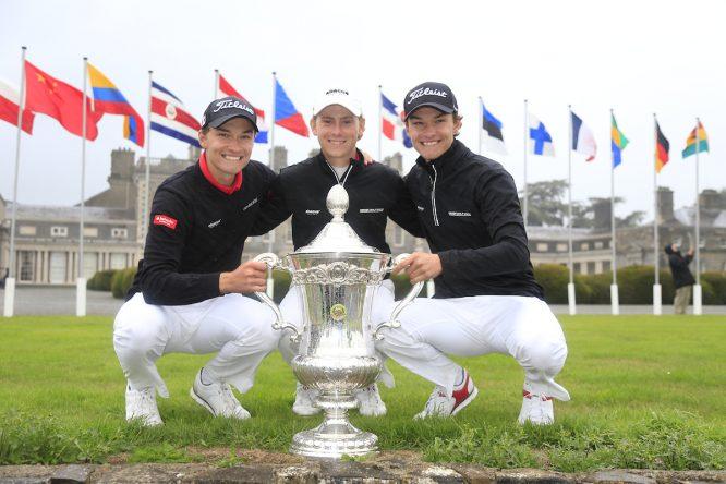 Nicolai Hojgaard, John Axelsen y Rasmus Hojgaard, equipo danés que ganó el Campeonato del Mundo. © Golffile   Fran Caffrey