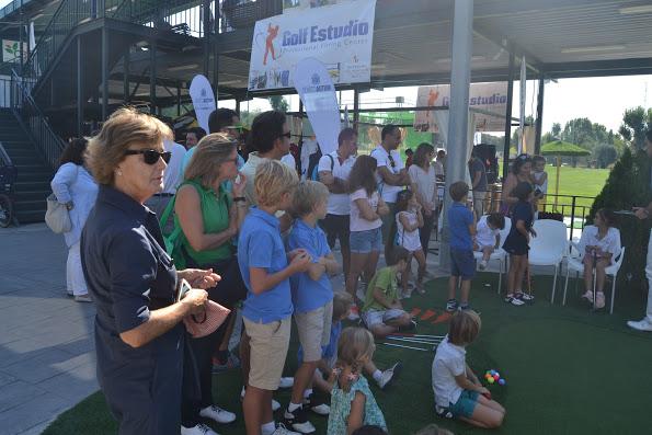 Concurso de putt en Mutuactivos Madrid Golf.