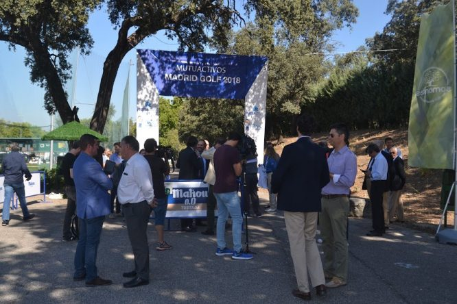 Entrada a Mutuactivos Madrid Golf en Club Deportivo Somontes.