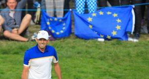 Sergio García celebra un putt en los individuales de la Ryder Cup de París. © Golffile | Thos Caffrey