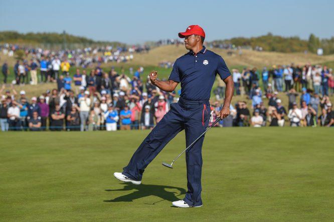Tiger Woods, en uno de los pocos momentos de celebración que tuvo en la Ryder Cup de París. © Golffile | Ken Murray