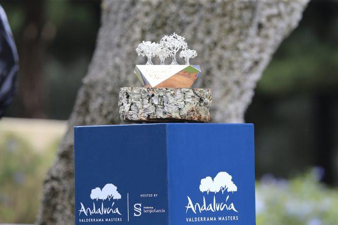 El trofeo de campeón del Andalucía Valderrama Masters. © Golffile | Eoin Clarke