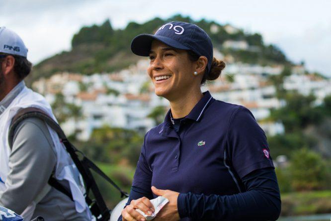 Azahara Muñoz sonríe durante la tercera ronda del Open de España. © Tristan Jones