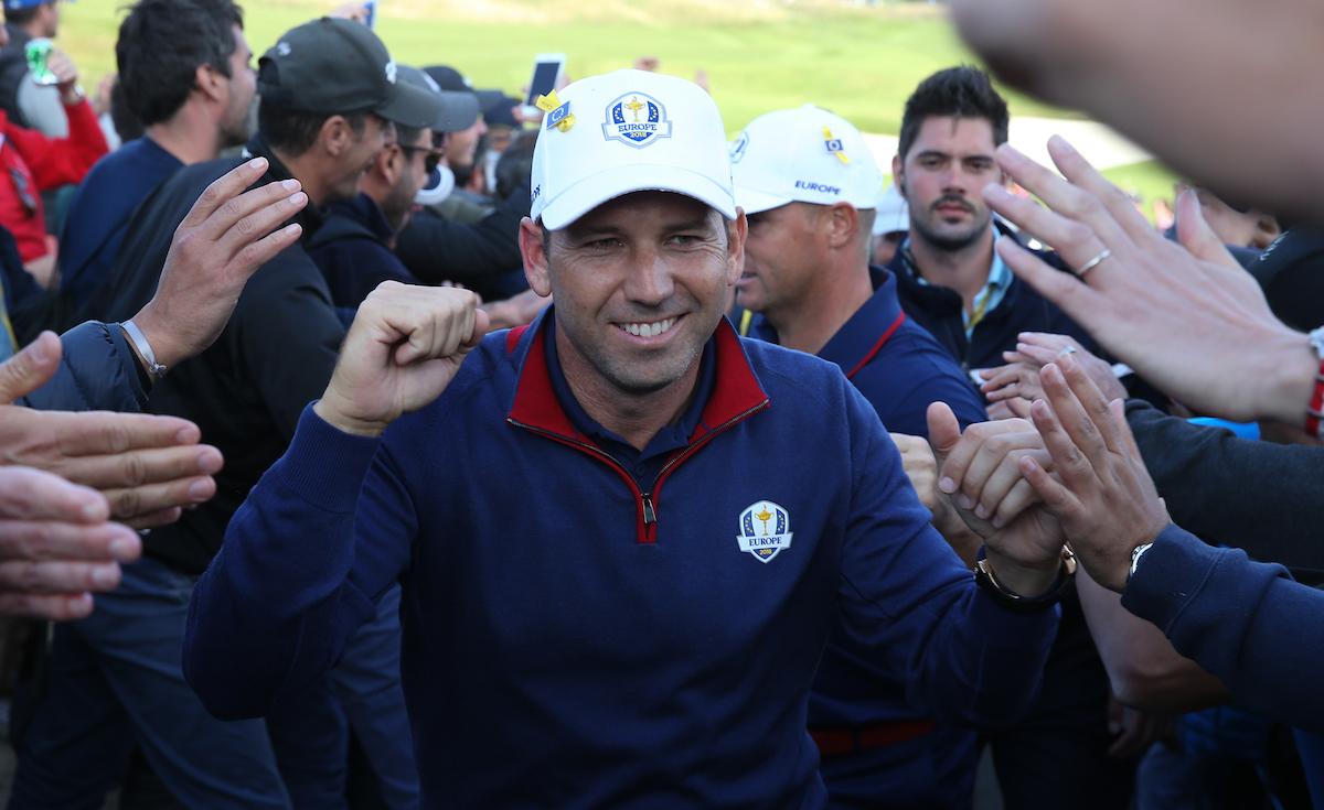 Sergio García saludando al público duran la Ryder Cup 2018. © Golffile | David Lloyd
