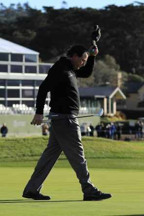 Phil Mickelson en la ronda final en Pebble Beach 2019. © Golffile | Phil Inglis