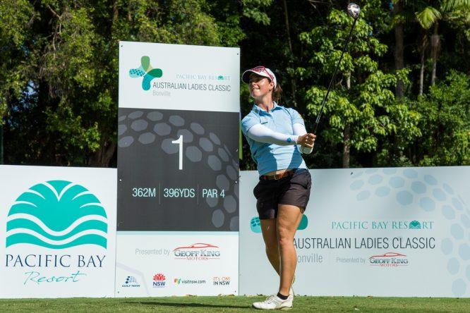 Nuria Iturrios es la española mejor situada tras la primera jornada en Bonville Golf. © Tristan Jones