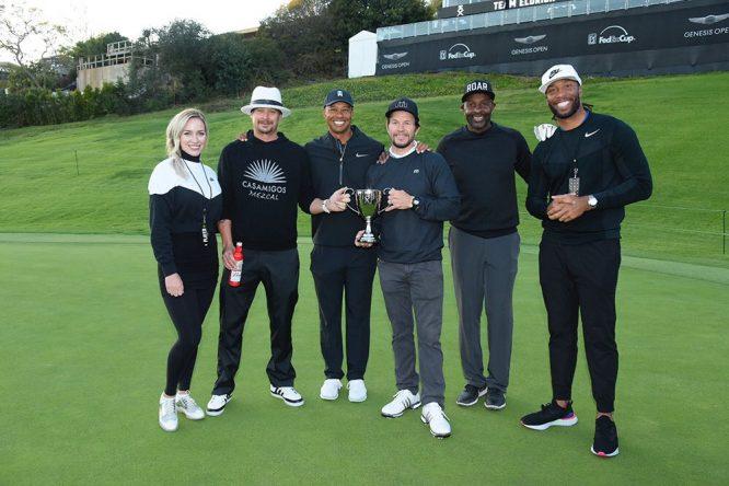 Tiger, con el equipo ganador © Twitter Tiger Woods