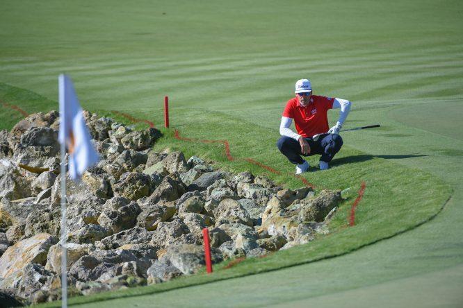 Rafa Cabrera Bello, en el hoyo 18 de su primera ronda en el Arnold Palmer Invitational. © Golffile | Ken Murray