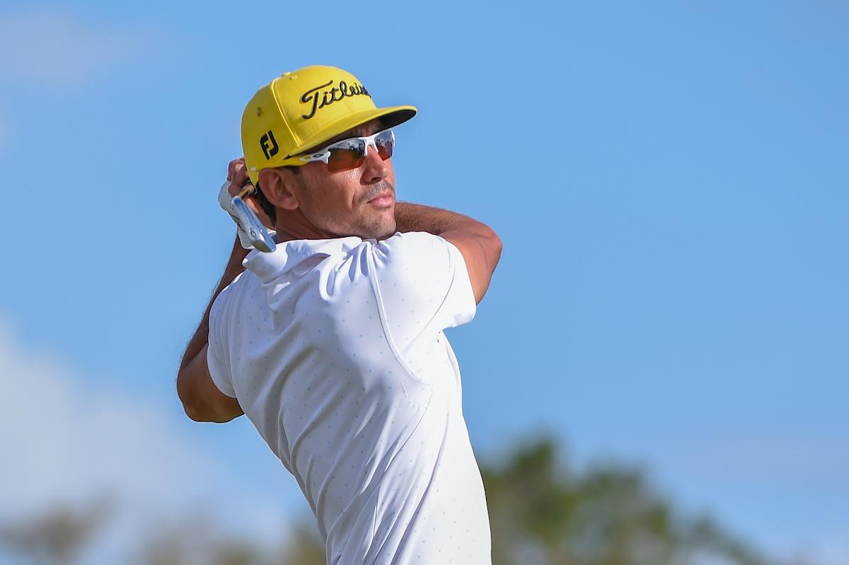 Rafa Cabrera Bello pega su golpe de salida en el hoyo 14. © Golffile   Ken Murray