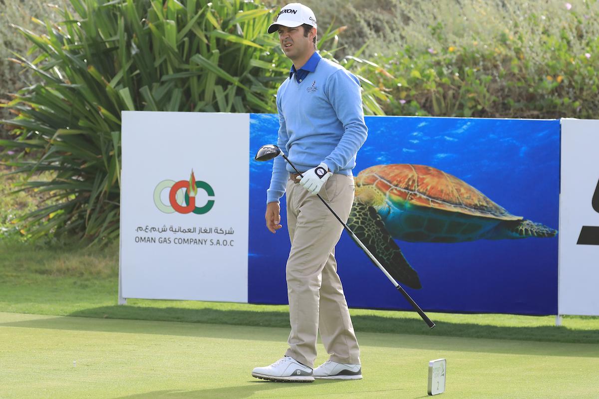 Jorge Campillo durante la segunda ronda del Oman Open, terminada hoy sábado en el Al Mouj Golf. © Golffile | Phil Inglis