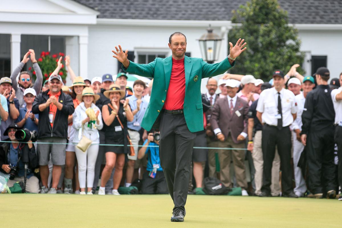 Tiger Woods tras su victoria en Augusta. © Golffile | Fran Caffrey