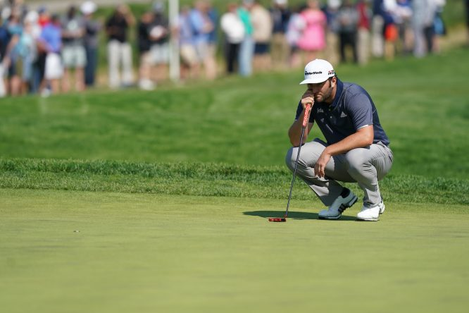 Jon Rahm en la segunda jornada en Bethpage. © Golffile | Fran Caffrey