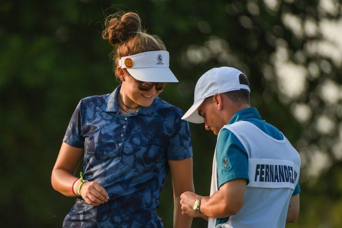 Fátima Fernández Cano, durante su estreno en un Grande. © Golffile | Ken Murray
