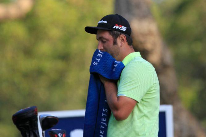 Jon Rahm, durante la segunda ronda del Estrella Damm Andalucía Masters. (© Golffile | Thos Caffrey)