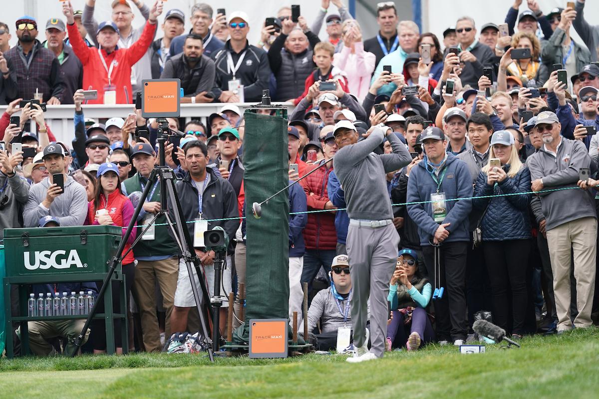 Tiger Woods durante la tercera jornada del US Open. © Golffile | Fran Caffrey