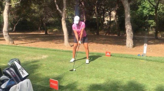 Carmen Alonso en la primera ronda en el Club de Golf Escorpión.