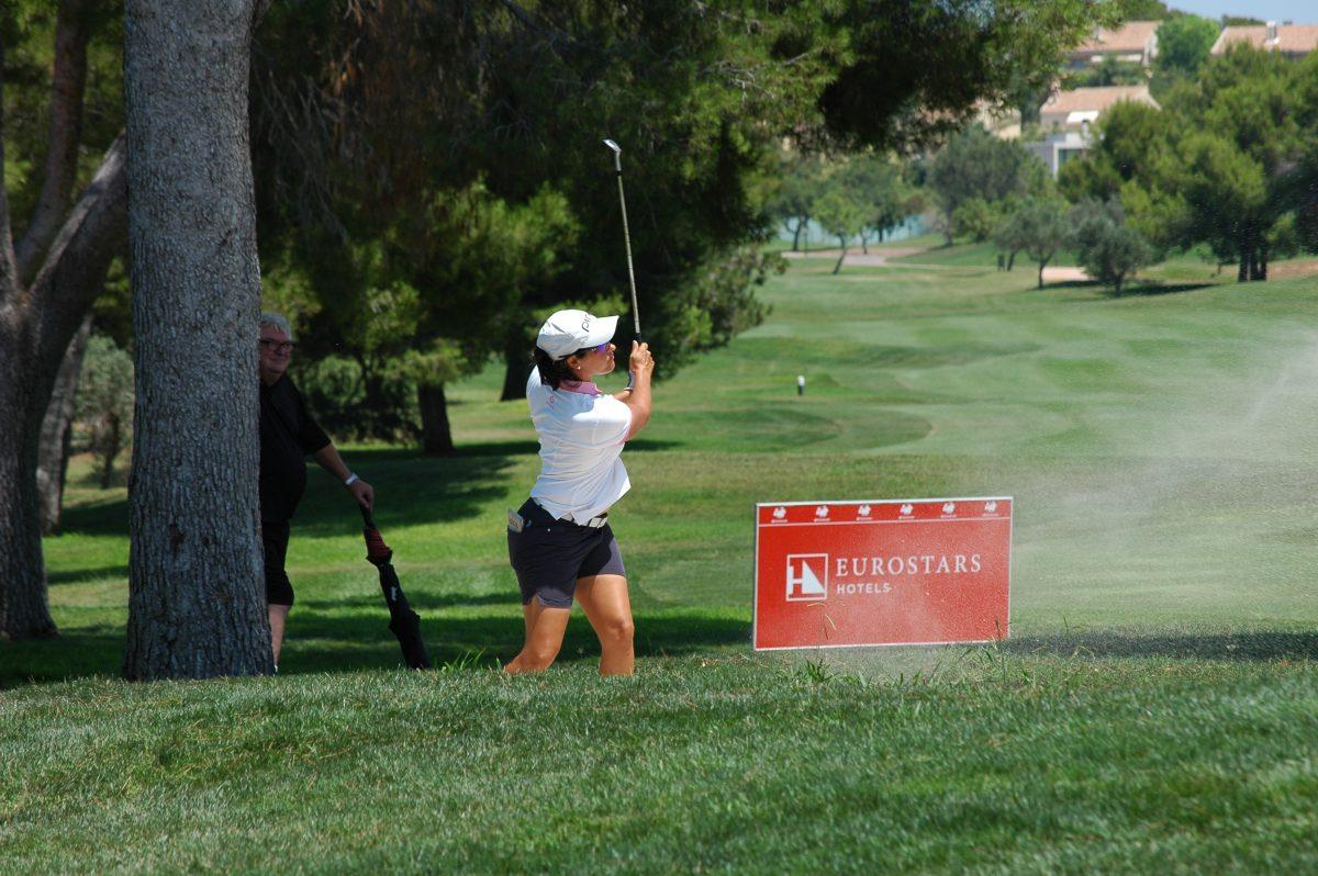 Carmen Alonso en la segunda jornada en el Club de Golf Escorpión.