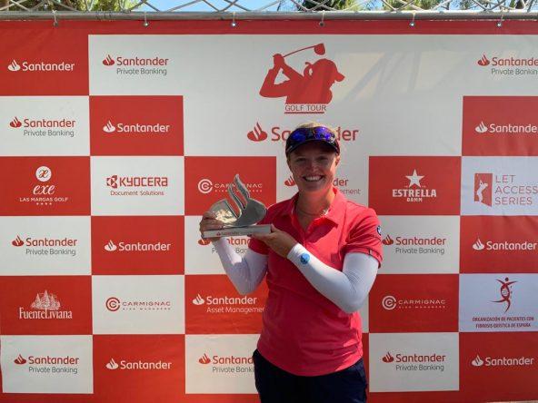 Manon de Roey, ganadora del Santander Golf Tour LETAS Valencia.