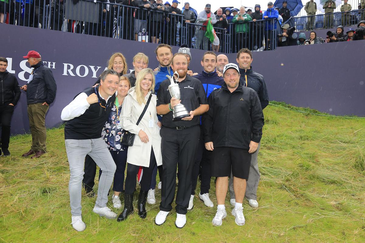 Shane Lowry, campeón del Open Championship 2019, con su familia. © Golffile | Fran Caffrey