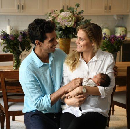 Rafa Cabrera Bello, con su mujer y su hija