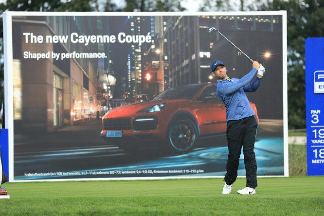 Paul Casey, líder del Porsche European Open, durante la primera jornada en Green Eagle Golf. © Golffile | Phil Inglis