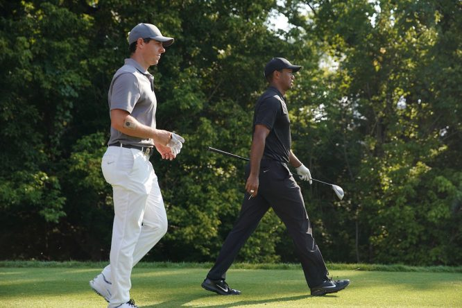 Tiger Woods y Rory McIlroy © Golffile | Brian Spurlock