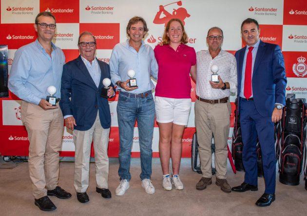 El equipo de Astrid Vayson de Pradenne, ganador del PRO AM del Santander Golf Tour en La Peñaza.