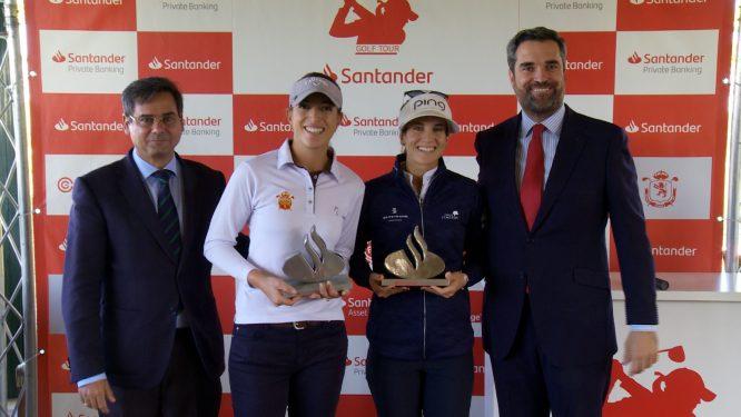 Silvia Bañón y Noemí Jiménez, ganadoras del Santander Golf Tour en Sevilla.
