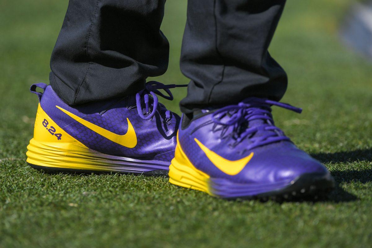 Zapatillas personalizadas de Tony Finau