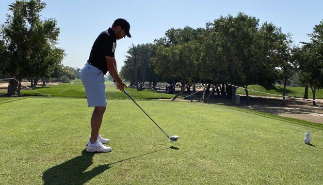 Sergio García con el driver de TaylorMade hoy miércoles en el Emirates Golf Club. © Tengolf