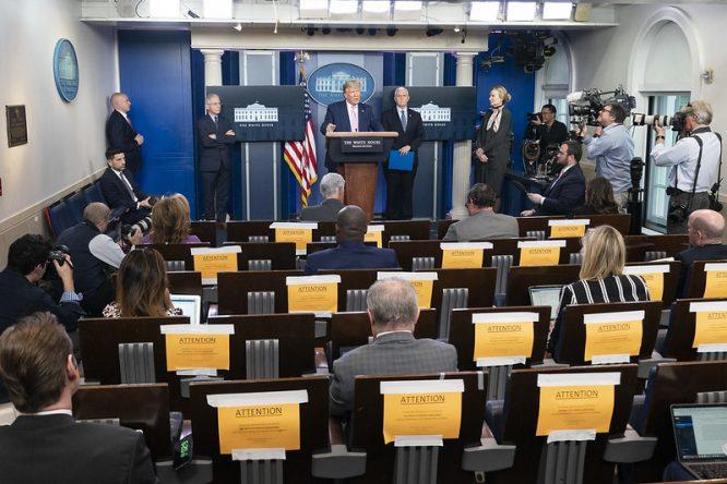 Trump, dando una rueda de prensa © The White House