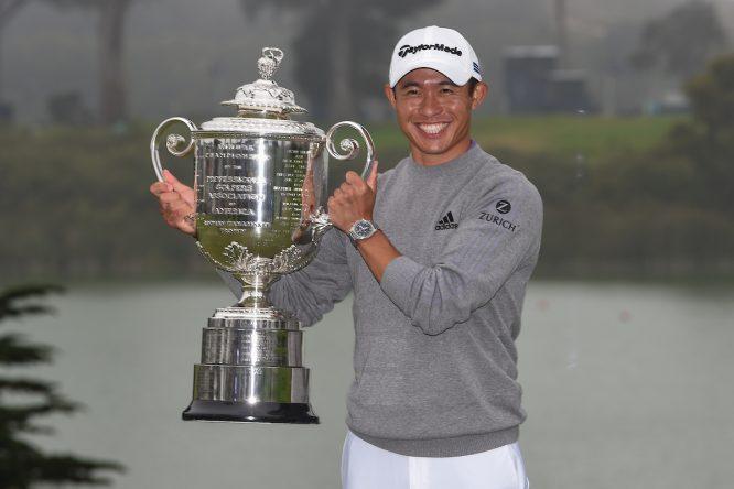 Collin Morikawa posa con el trofeo de ganador del PGA Championship 2020. © Golffile | Ken Murray