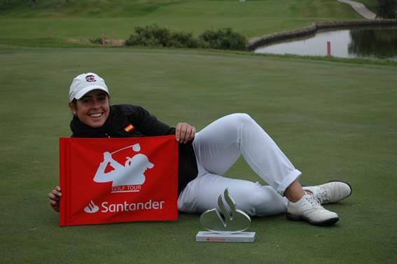 Ana Peláez, campeona del Santander Golf Tour Madrid 2020.
